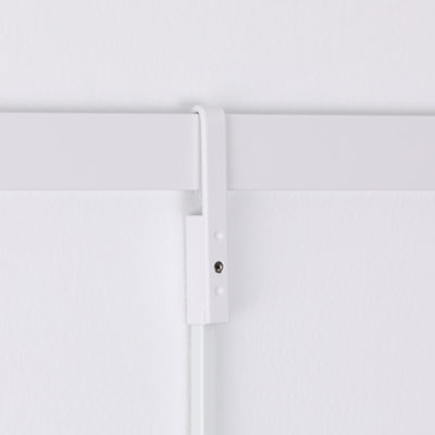 a white lock-on rod sleeve on a white rod.